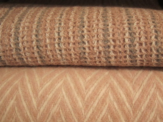 Uudenlaisia huopia ja muita tekstiilejä – Sidosopin kertausta 1