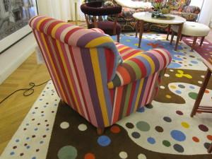 Myös yritysten tiloissa saa käyttää iloisia värejä!